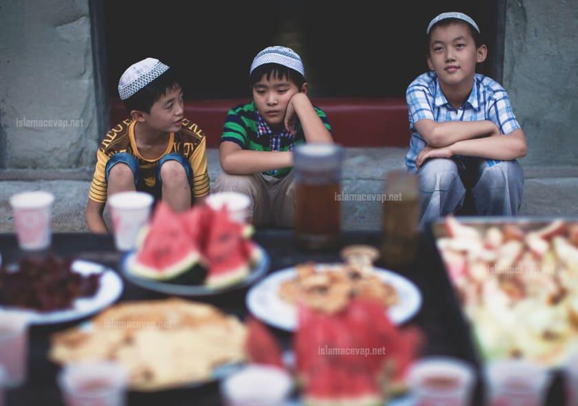 1 - การกินกับสังคมที่เข้มแข็งของอิสลาม