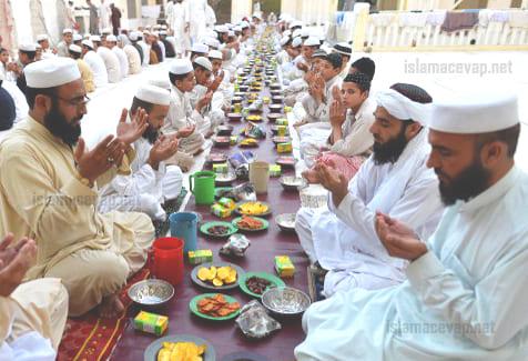 3 - การกินกับสังคมที่เข้มแข็งของอิสลาม